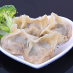 Steamed Vegetable Wontons with Broccoli